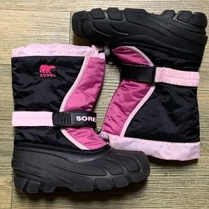 Sorel Flurry Pink Black Winter Snow Boot 2